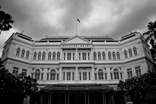 Raffles Hotel, Singapore on GlobalGrasshopper.com