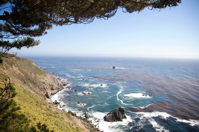 Romantic things to do in California - Big Sur coastline on GlobalGrasshopper.com