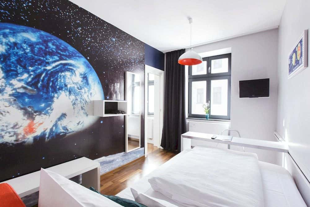 top 12 cool and unusual hotels in berlin boutique travel blog. Black Bedroom Furniture Sets. Home Design Ideas