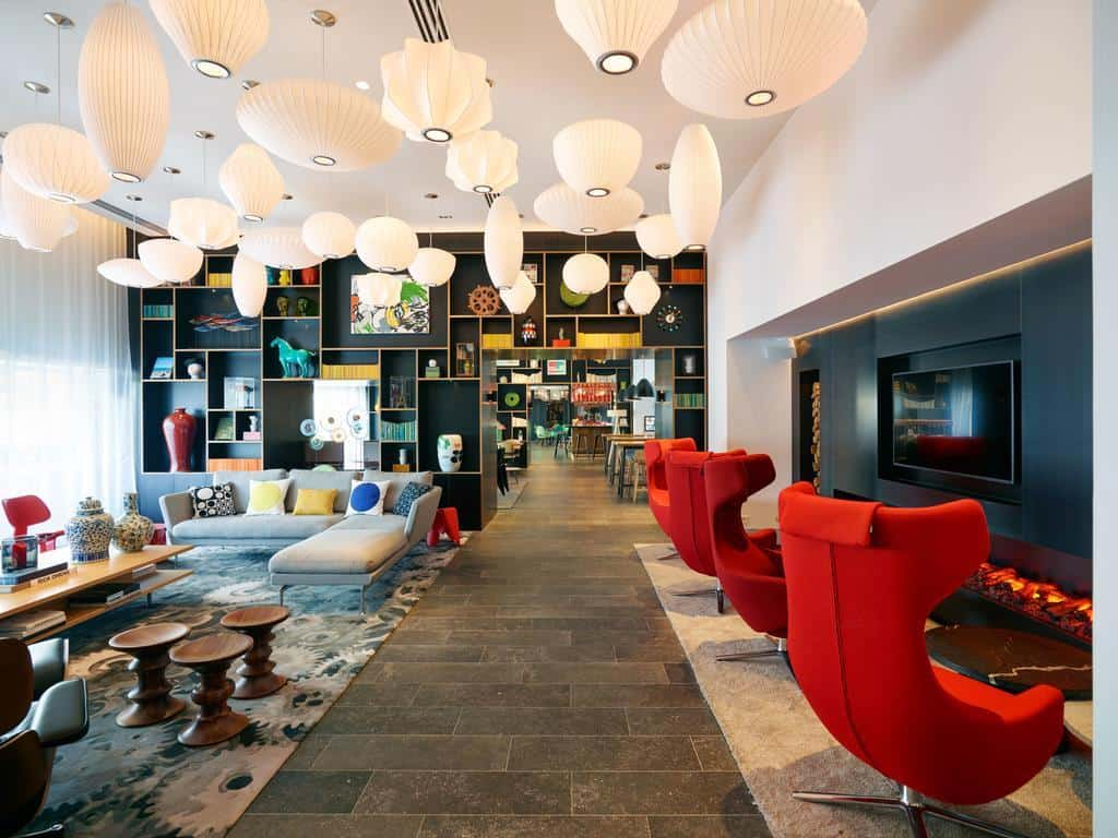 CitizenM Hotel - fun, funky and full of colour