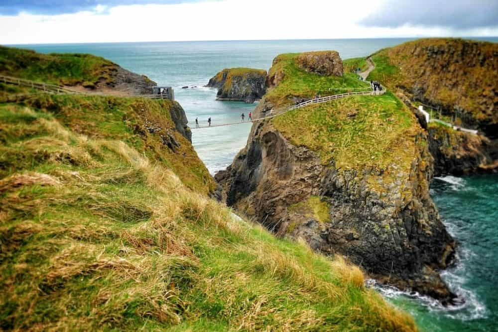 The Rope bridge Northern Ireland - popular places to visit in Ireland