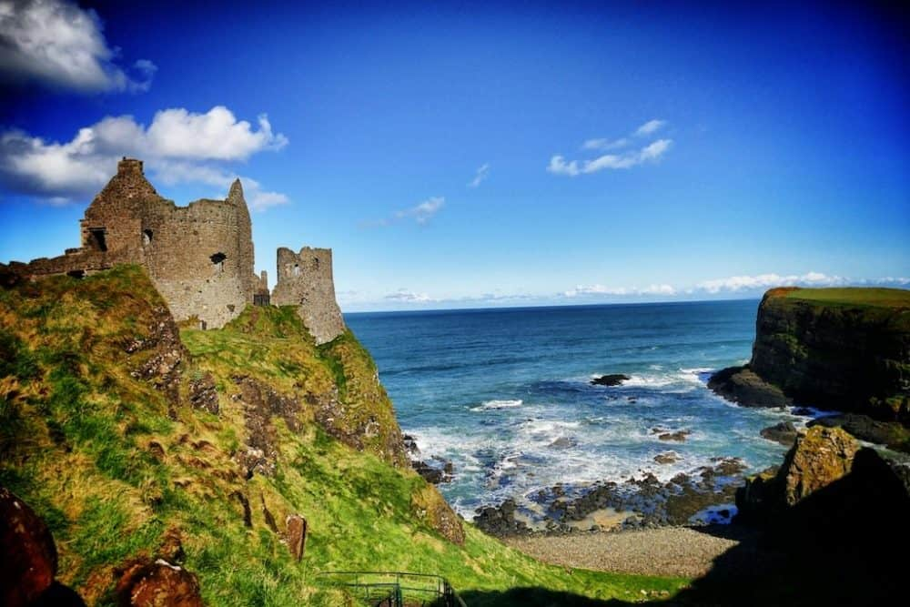 Dunluce Castle in Northern Ireland - beautiful placs to explore in Ireland