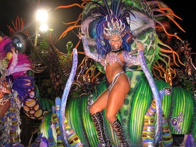 How to stay safe at the Rio de Janeiro carnival and still have a great time Global Grasshopper