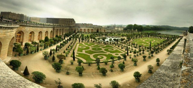 Versailles on GlobalGrasshopper.com