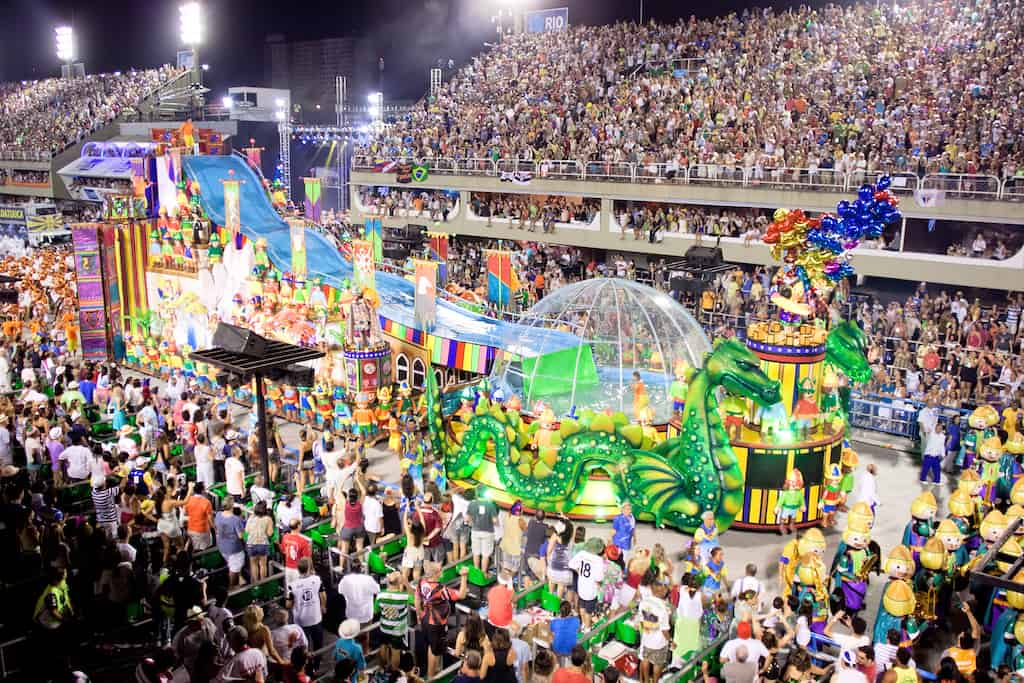 staying safe at Rio carnival