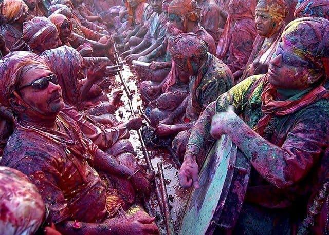 World's Weirdest Festivals: Holi Festival, India on GlobalGrasshopper.com