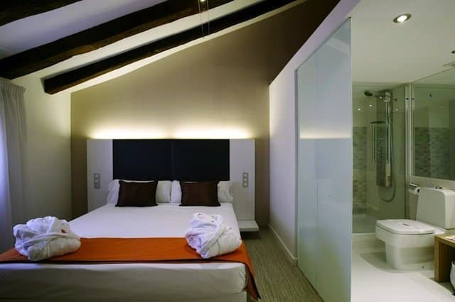 Hotel Petit Palace Embassy - 10 of the best hotels in Madrid on GlobalGrasshopper.com
