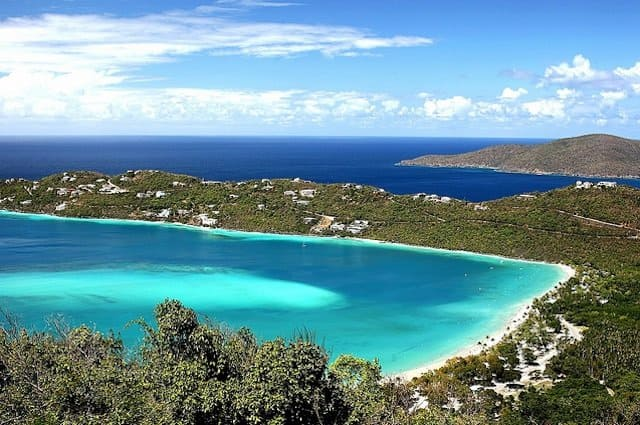 Top 10 best Caribbean beaches, Magens Bay, on GlobalGrasshopper.com