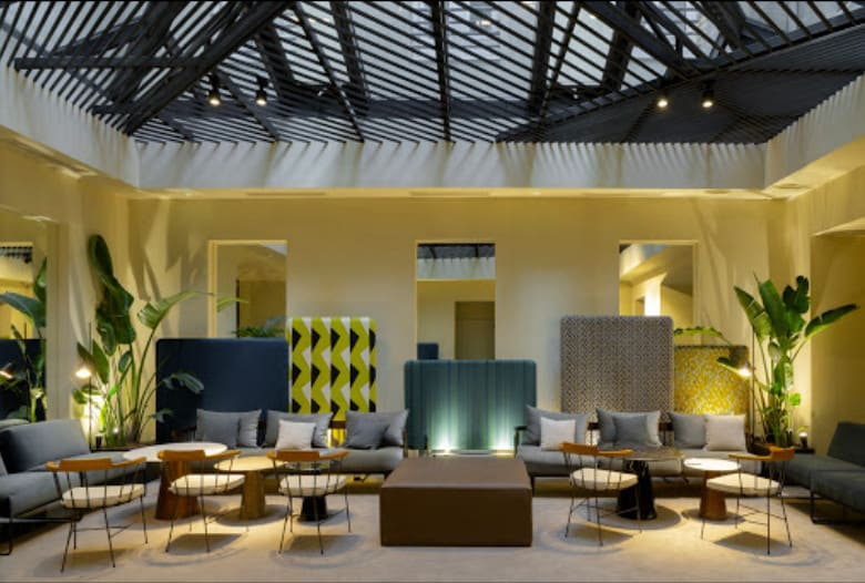 Hotel Petit Palace Embassy - a modern and bright Madrid hotel