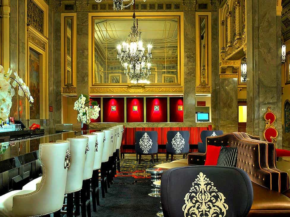 Top 12 cool and unusual hotels in san francisco boutique for Kimpton hotels