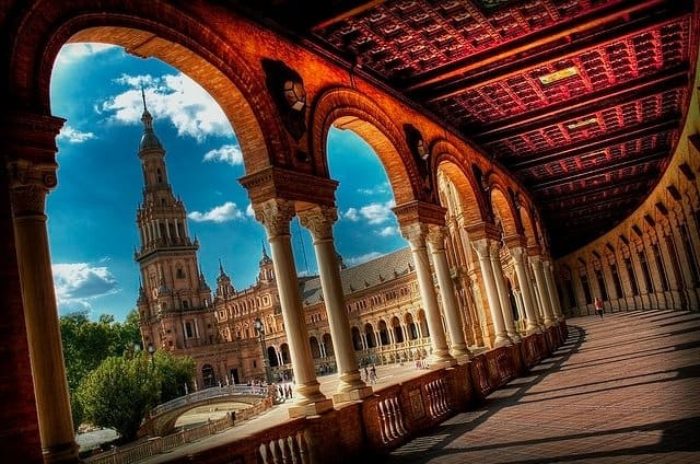 Plaza de Espana, Spain on GlobalGrasshopper.com
