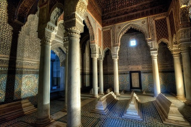 Saadian Tombs - Places to visit in Marrakech on GlobalGrasshopper.com