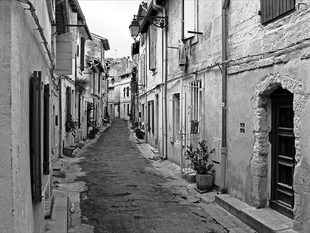 Arles, places to visit in France on GlobalGrasshopper.com