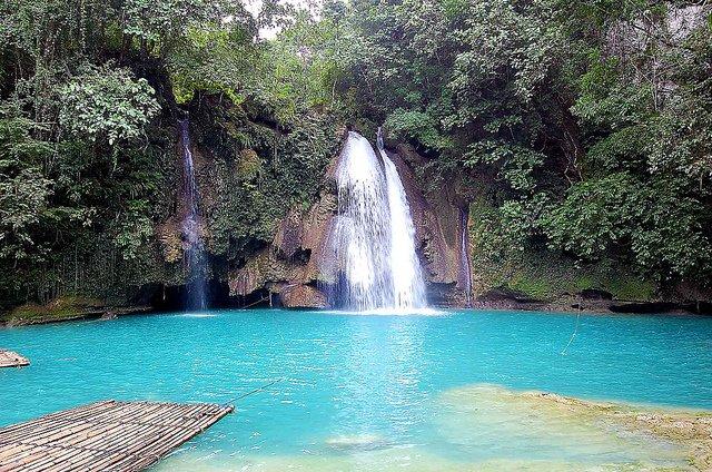 Kawasan Falls, Cebu, Philippines on GlobalGrasshopper.com