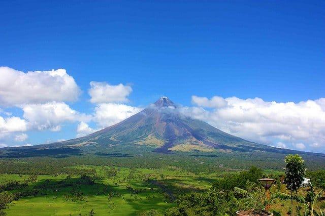 Mayon Volcano, Albay, Philippines on GlobalGrasshopper.com