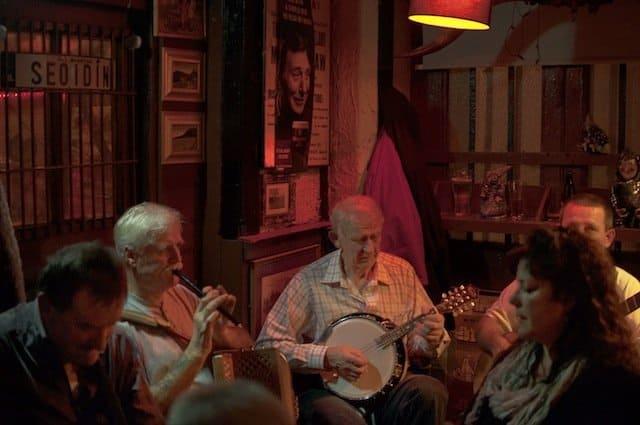 Harbour Bar - best bars in Dublin on GlobalGrasshopper.com