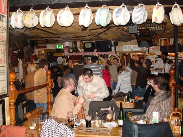 Visiting Dublin - 10 of the coolest pubs where you can drink like a local Global Grasshopper