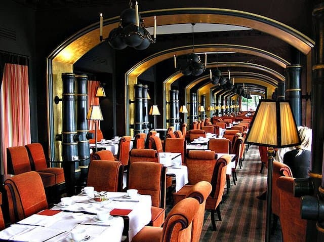 Paris Bistro on GlobalGrasshopper.com