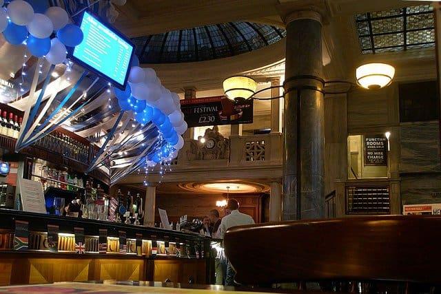 Crosse Keys - Best pubs in London on GlobalGrasshopper.com
