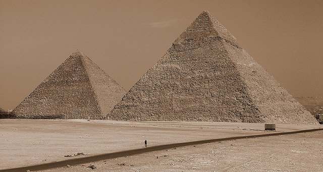 Giza - beautiful places to visit in Egypt on GlobalGrasshopper.com
