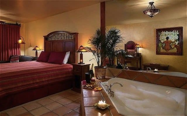 Romantic things to do in California - Avila La Fonda Hotel on GlobalGrasshopper.com
