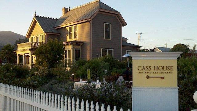Romantic things to do in California - Cass House Inn on GlobalGrasshopper.com