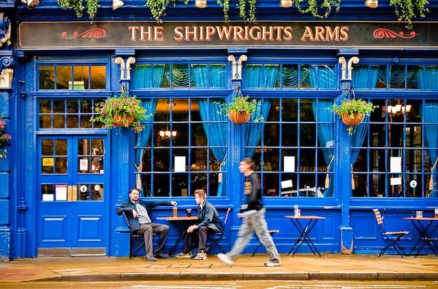 Top 10 things to do in London for travel snobs Global Grasshopper