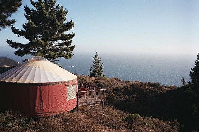 Glamping Treebones Resort in California