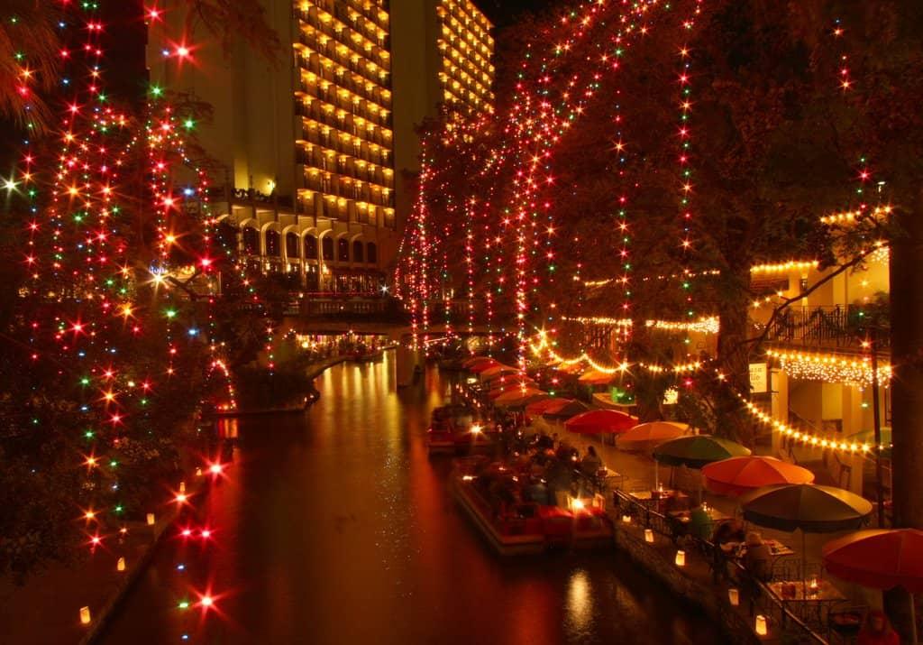 Christmas San Antonio Texas on GlobalGrasshopper.com