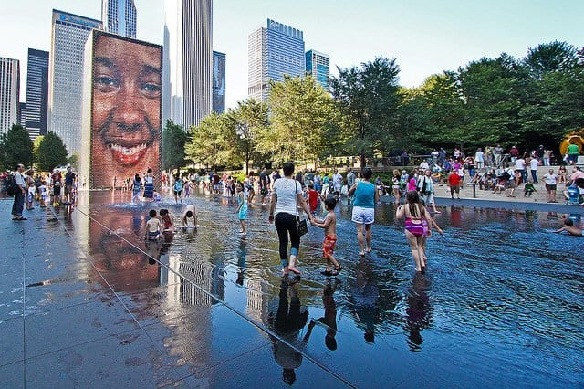 Crown Fountain - Places to visit in Chicago on GlobalGrasshopper.com