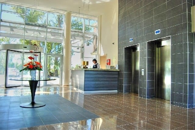 Hotel Azúr Siófok - cheap spa hotels on GlobalGrasshopper.com