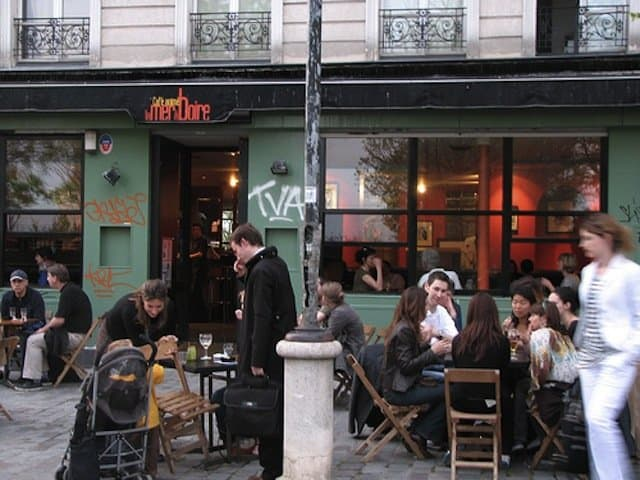7 inspiring cafés in Paris for writing a novel Global Grasshopper