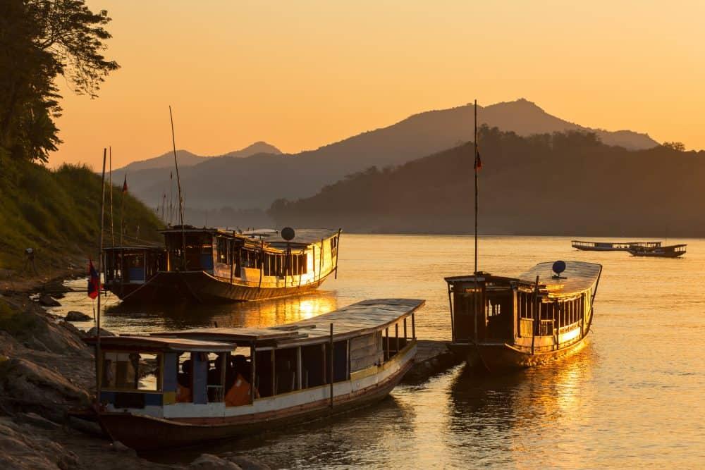 Mekong River Laos. jpg