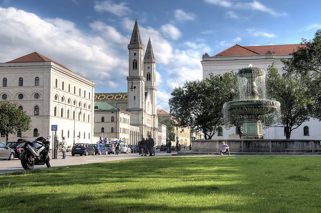 Munich University - never pay for a hotel on GlobalGrasshopper.com