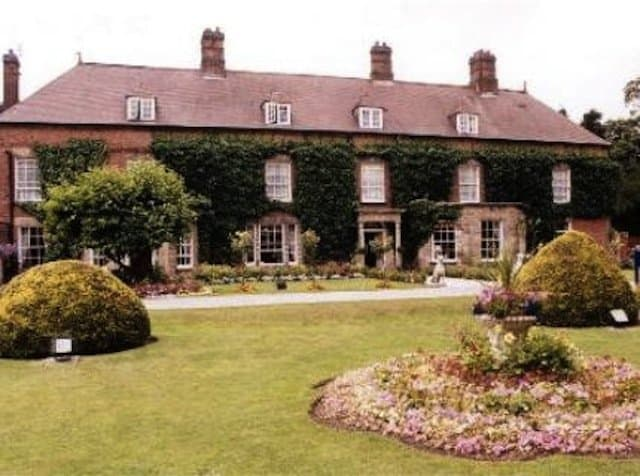 Risley Hall Spa Hotel Derby - cheap spa hotels on GlobalGrasshopper.com