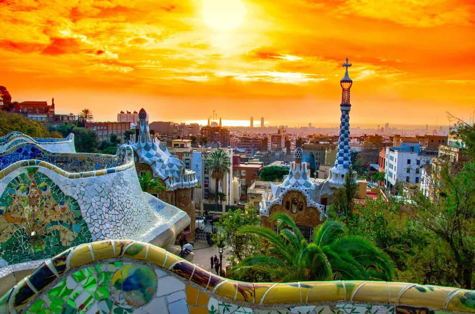 Barcelona Parc Guell - beautiful places to watch the sunset
