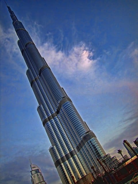 Burj Khalifa Dubai - world's tallest buildings on GlobalGrasshopper.com