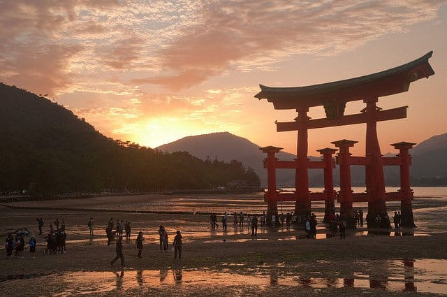 Miyajima Japan - beautiful sunsets on GlobalGrasshopper.com