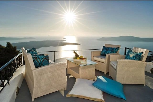 Pegasus Suites and Spa Santorini - romantic hotels in Europe on GlobalGrasshopper.com