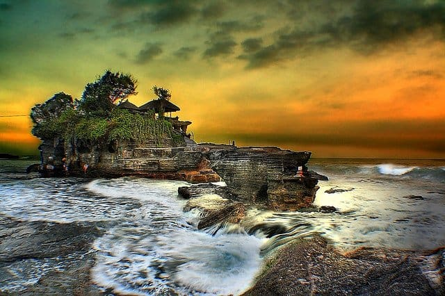 Tanah Lot Temple Sunset Bali - beautiful sunsets on GlobalGrasshopper.com