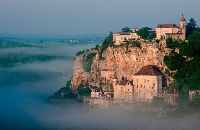 Château de Lacomté Country Club - beautiful campsites in Europe on GlobalGrasshopper.com