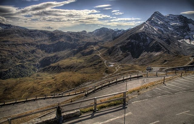 Grossglockner High Alpine Road - places to visit in Austria on GlobalGrasshopper.com