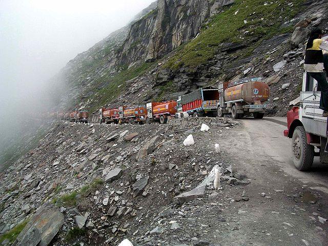 Rohtang Pass - road trip destinations on GlobalGrasshopper.com