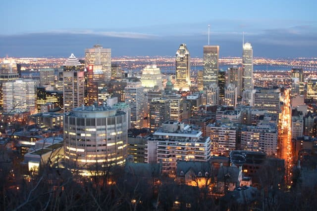 Montreal at dusk from Mont Royal Park on GlobalGrasshopper.com