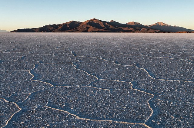 Salar de Uyuni, Bolvia - unusual natural landscapes on GlobalGrasshopper.com