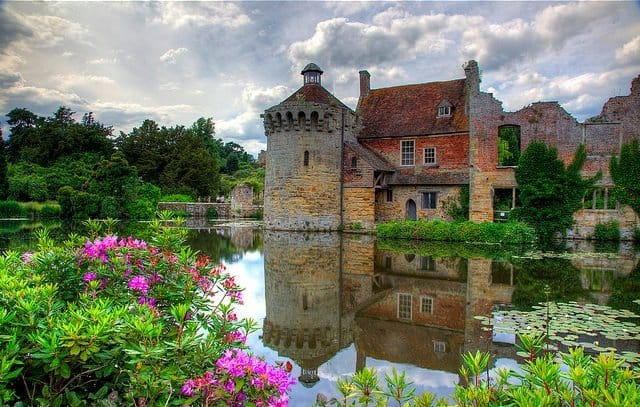 Scotney Castle - 10 of the prettiest English villages on GlobalGrasshopper.com