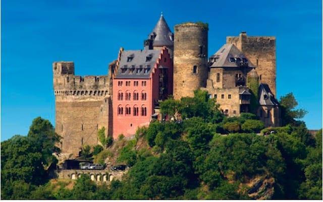 Burghotel Auf Schonburg Oberwesel - best castle hotels on GlobalGrasshopper.com