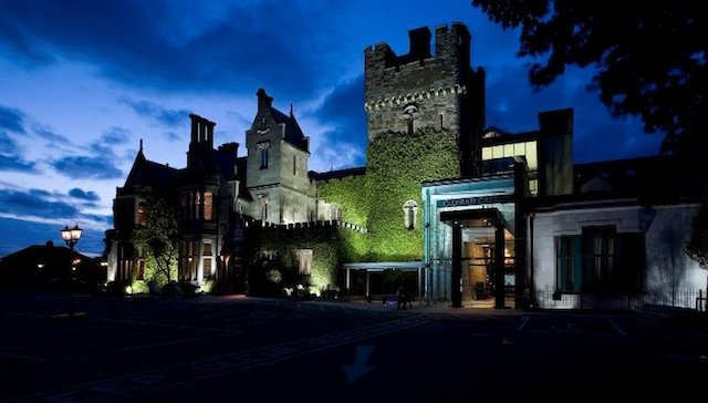 Clontarf castle hotel - best castle hotels on GlobalGrasshopper.com