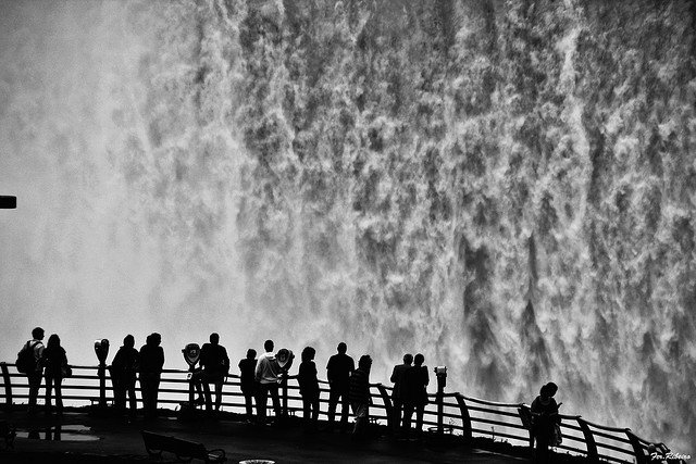 Niagara Falls - tourist traps on GlobalGrasshopper.com