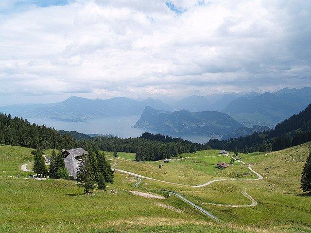 Toboggan Alps on GlobalGrasshopper.com